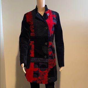 Desigual coat black and red velvet washable 40
